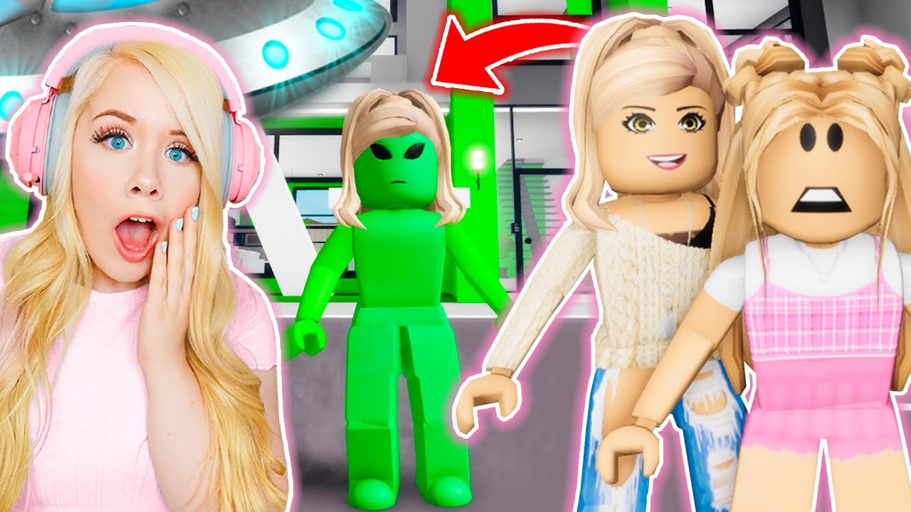 MY MOM WAS AN ALIEN IN BROOKHAVEN! (ROBLOX BROOKHAVEN RP)