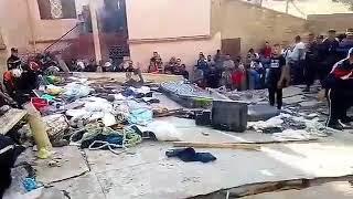 وفاة سيدة وابنتها في  حالة حرجة في حادث سقوط مبنى بحي  شوبو في  وهران.