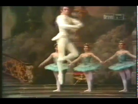 Anthony Dowell in Cinderella - The Royal Ballet