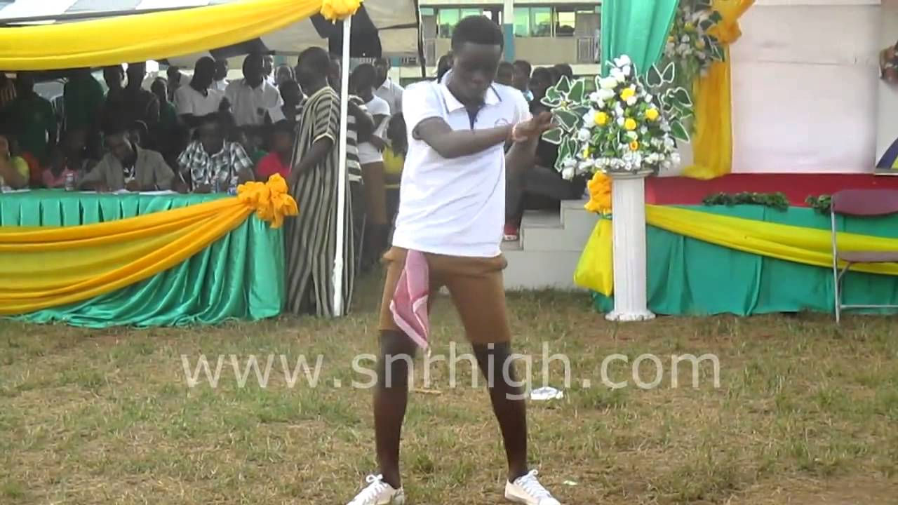 Dancing Competition at the Asanteman 2014 Funfair - YouTube