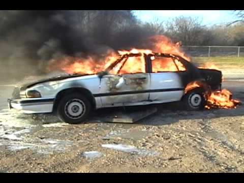 Car On Fire A Bmw In Dallas Tx Fiesta Property On Doovi