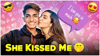 ARSHI KHAN KISSED 😘 ME AND PROPOSED ME  😳   GTRVLOGS  Thumb