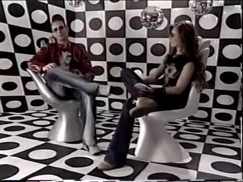 Ver Video de Thalia Thalia   Entrevista Pepsi Chart 2002
