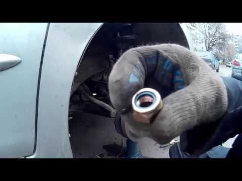 Замена стоек стабилизатора поперечной устойчивости Toyota Sienna