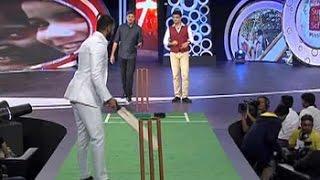 Ranveer Singh challenges Dada on the pitch