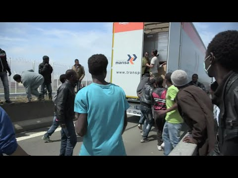 UK-bound Illegal Immigrants Camp In French Port City Calais