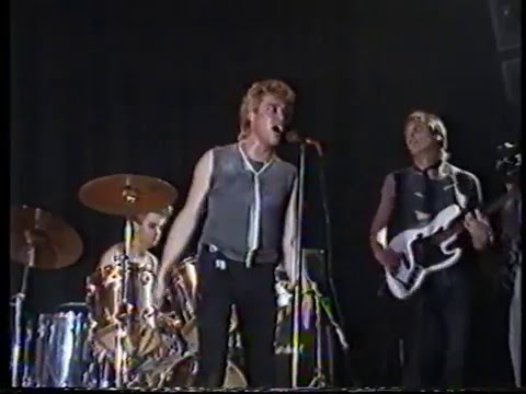 Smart Ass Live U2 new Years Day Rare footage 1986 Roy Johnson