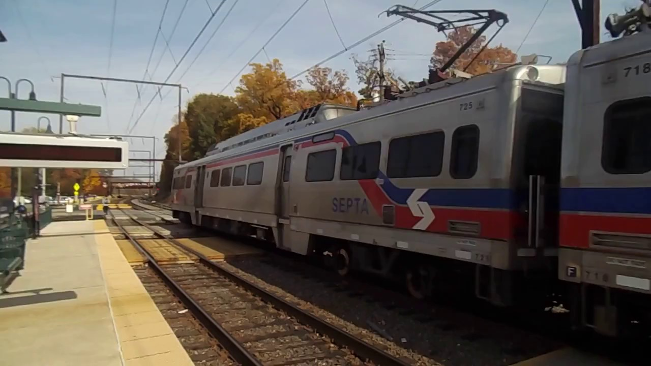 a late septa regional rail west trenton line train 6308 with silverliner v 39 s at woodbourne pa. Black Bedroom Furniture Sets. Home Design Ideas