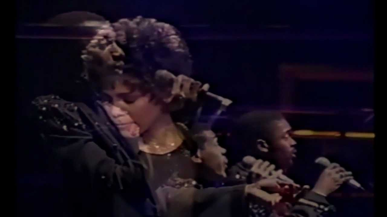 Whitney Houston - Saving All My Love For You / You Give Good Love