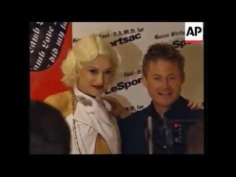 Gwen Stefani at L.A.M.B. for LeSportsac Launch Party, September 8, 2003