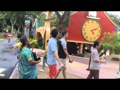 AKKARAI SEEMAI-SINGAPORE SONG