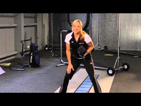 Tuesday Tips With Jennie Finch - Fielding