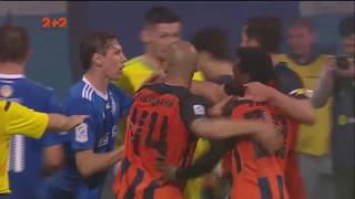 Динамо - Шахтер. Игроки устроили потасовку под конец матча