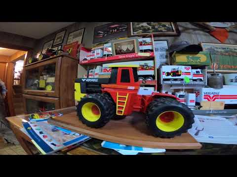 Illinois Farmers Versatile Tractor Collection - November 2017