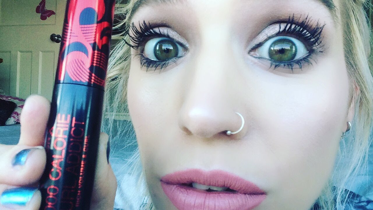 7d6201eeffe SHOCKED ! Max Factor 'CURL ADDICT' Mascara First Impression - YouTube
