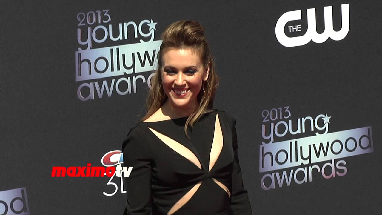 cce25505ab0357 Alyssa Milano in Black Trouser Suit 2013 Young Hollywood Awards Arrivals