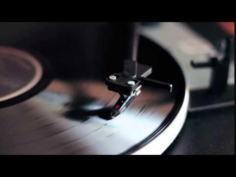 Видео фон для сайта - Музыкальная пластинка   rowpost.com