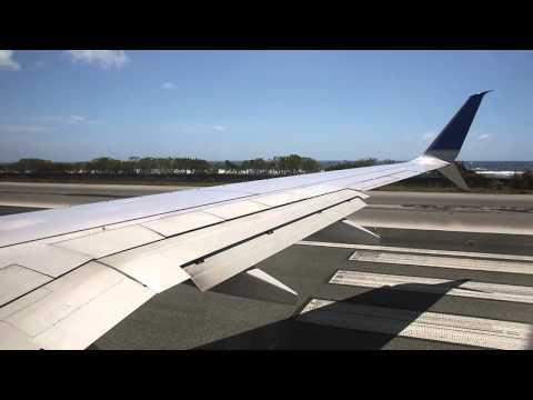 United Airlines UA154 Boeing 737-800 Takeoff Majuro Marshall Islands International Airport