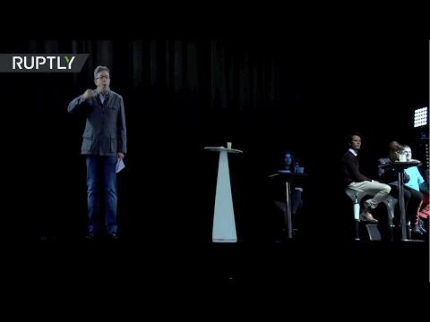 Francia: El candidato presidencial Mélenchon aparece como un holograma en un mitin