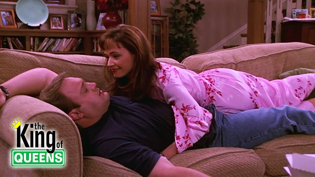 Carrie And Doug Get The House To Themselves | The King of Queens
