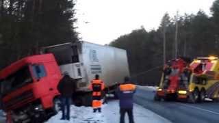 видео услуги грузового эвакуатора на трассе М7