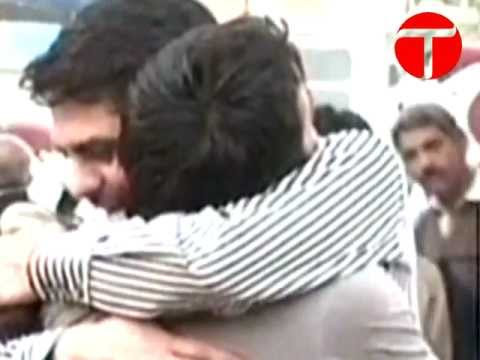 Lawyers gunned down in Karachi