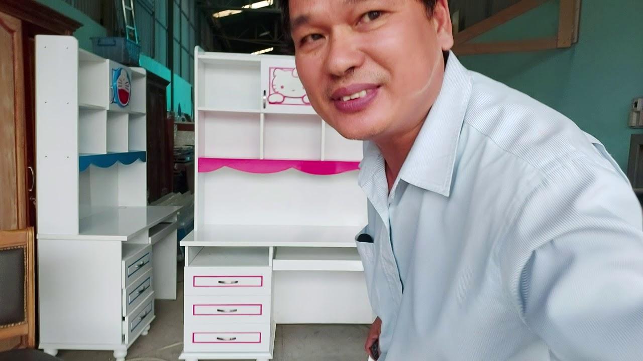 Bộ bàn ghế học Hello Kitty | Giá bán = 3.800.000 đ