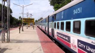 12635 VAIGAI SF EXPRESS WAP7 MEETS 12636 VAIGAI SF EXPRESS WAP7:INDIAN RAILWAYS