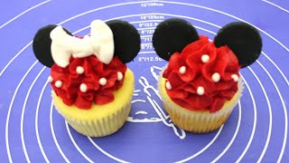 Mickey Mouse &amp Minnie Mouse cupcake