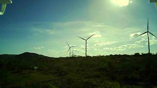 Hubsan H502e x4 - Teste full HD Vídeo com vento extremamente forte no Parque Eólico.