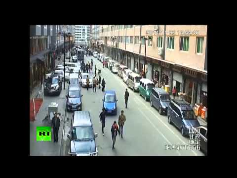 China shaking: CCTV cams catch earthquake moment