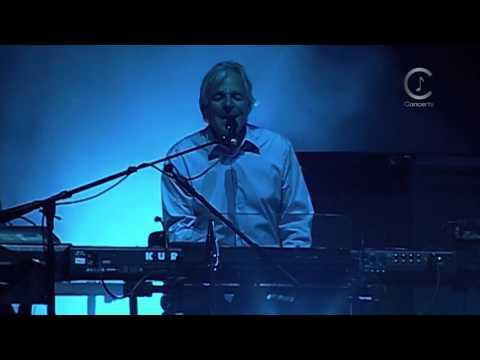 David Gilmour  (Live In Gdansk Shipyard) August 26, 2006