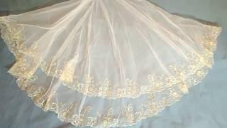 Фата свадебная белая с золотистой вышивкой
