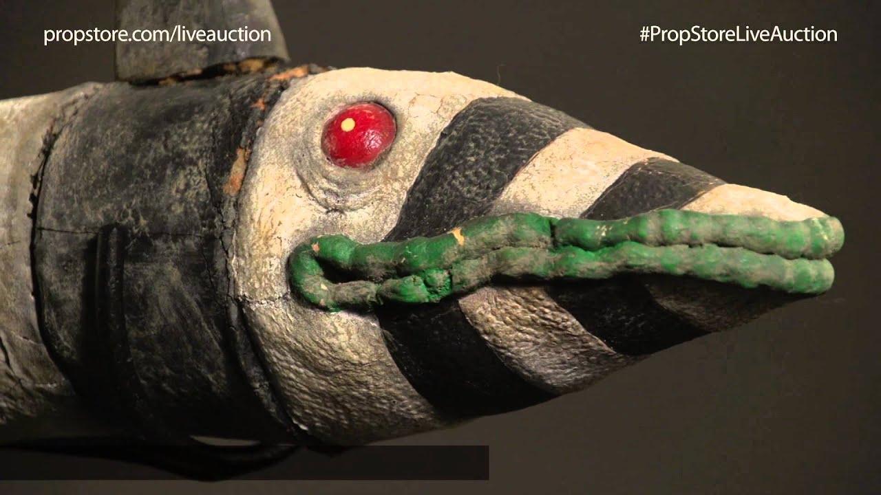 Lot 38 Beetlejuice Sandworm Puppet Display Youtube