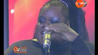 Diva Avari   Live OE Video Music Awards 2010hq