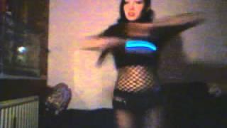 Agonoize-Schaufensterpuppenarch (Industrial dance)