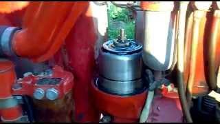 Работа центрифуги на дизеле трактора Т-25(В этом видео вы увидите как работает центрифуга в открытом виде .На дизеле трактора Т-25., 2014-11-02T16:51:30.000Z)