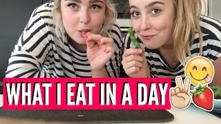 WHAT I EAT IN A DAY | Julia Sofia ♡