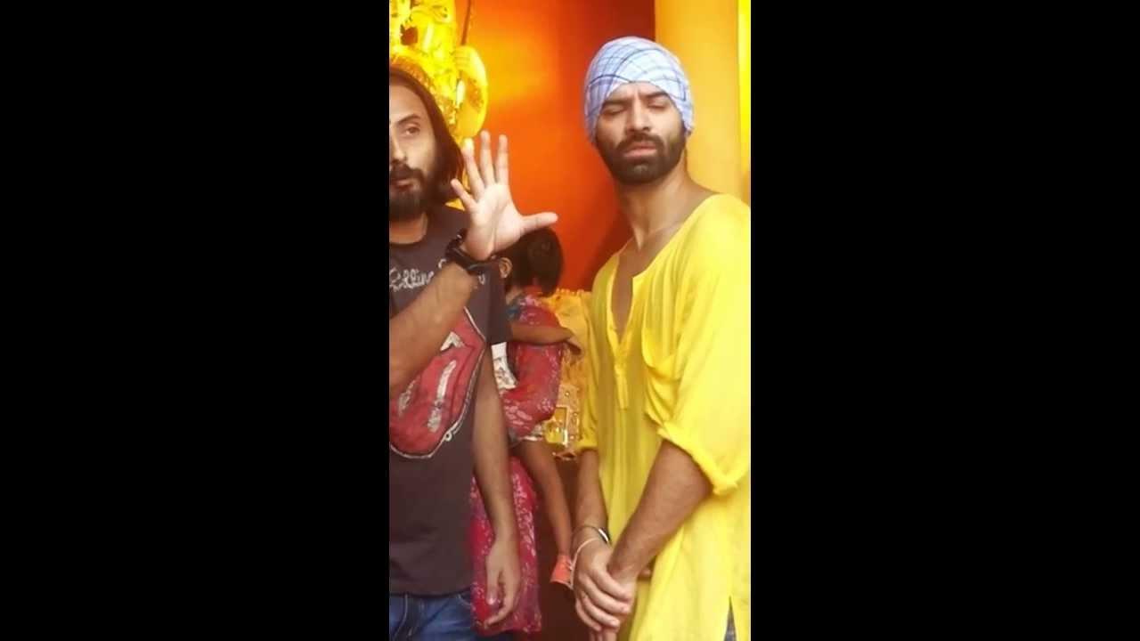 Download Barun Sobti on shoot of #22Yards, Kolkata #UnderstandingScene