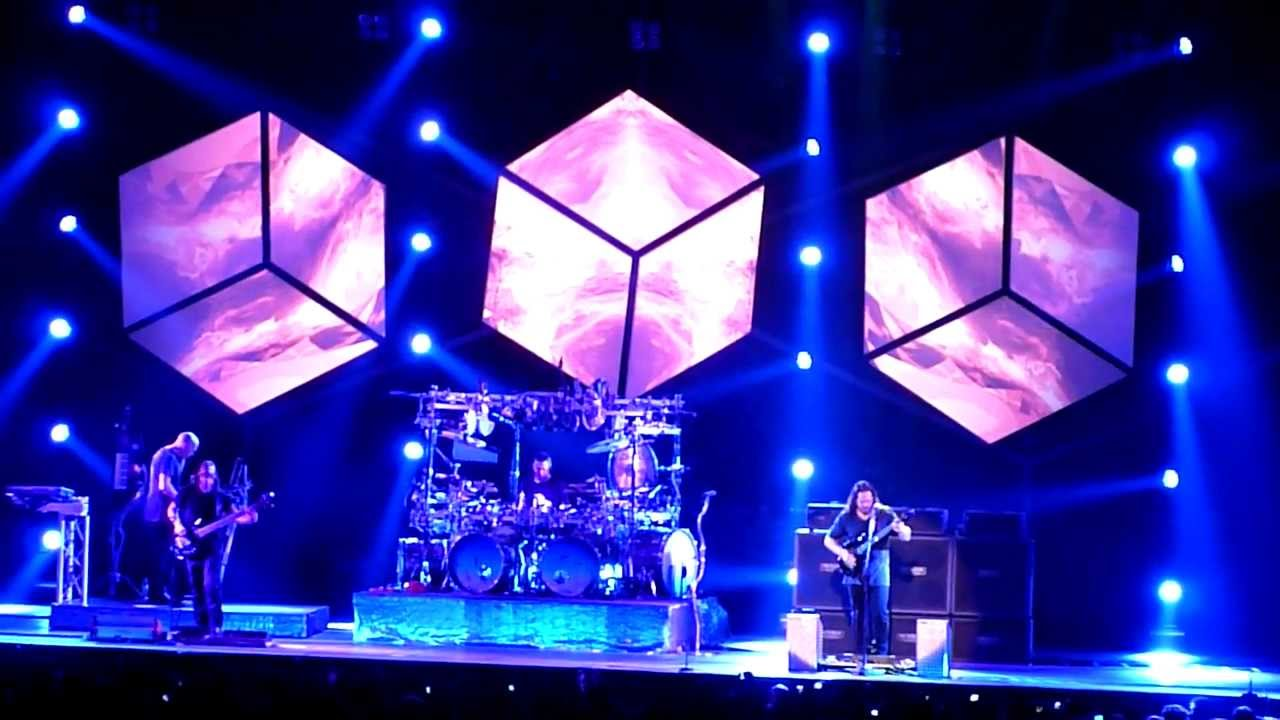 dream theater breaking all illusions live a milano 21 02 2012 youtube. Black Bedroom Furniture Sets. Home Design Ideas