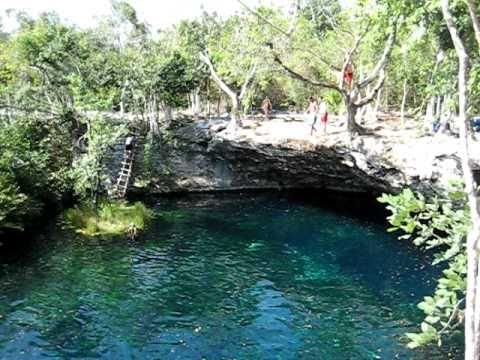 Cenote jardin del eden haciendo un clavadito youtube for Jardin del eden