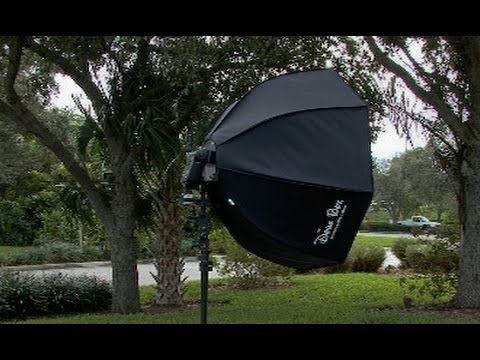 How To Use An Off Camera Flash With A Softbox Youtube