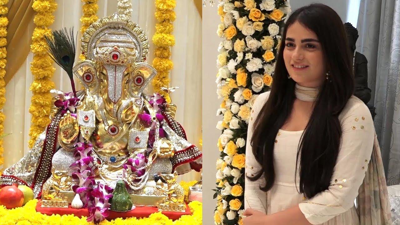 Radhika Madan with PATAKHA Cast takes Blessing of Lord Ganesha