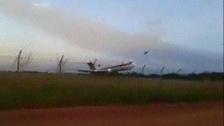 Crash: Aerosucre B722 at Puerto Carreno on Dec 20th 2016, overran runway on takeoff