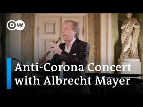 Albrecht Mayer Plays Bach's Air And Other Pieces Exclusively On The Oboe D'amore And English Horn!