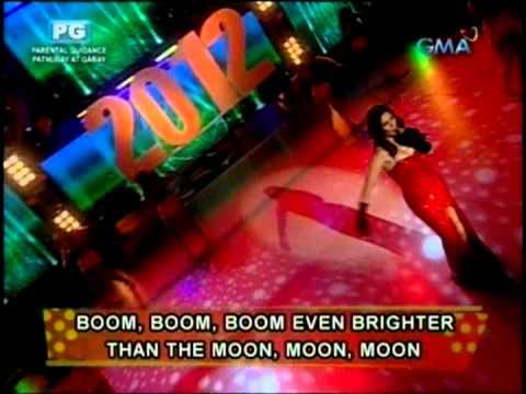 Pauleen sings & dances to Firework on EB