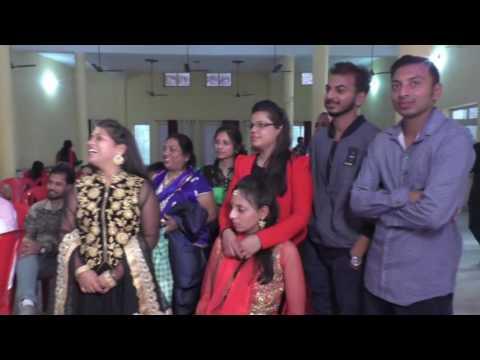 Daksh 💑 pari (surprise dance on engagement)