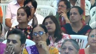Kar Chale hum fida - Shri.Divyakantbhai Pandya--SMILE KARAOKE CLUB 15th Aug 2016