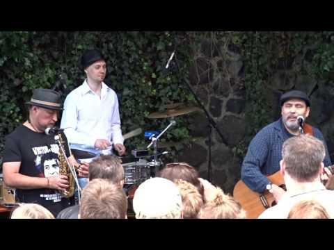 HOP STOP BANDA Live @Cologne Edelweiss Pirates Festival 2016 – Yiddish Mädel
