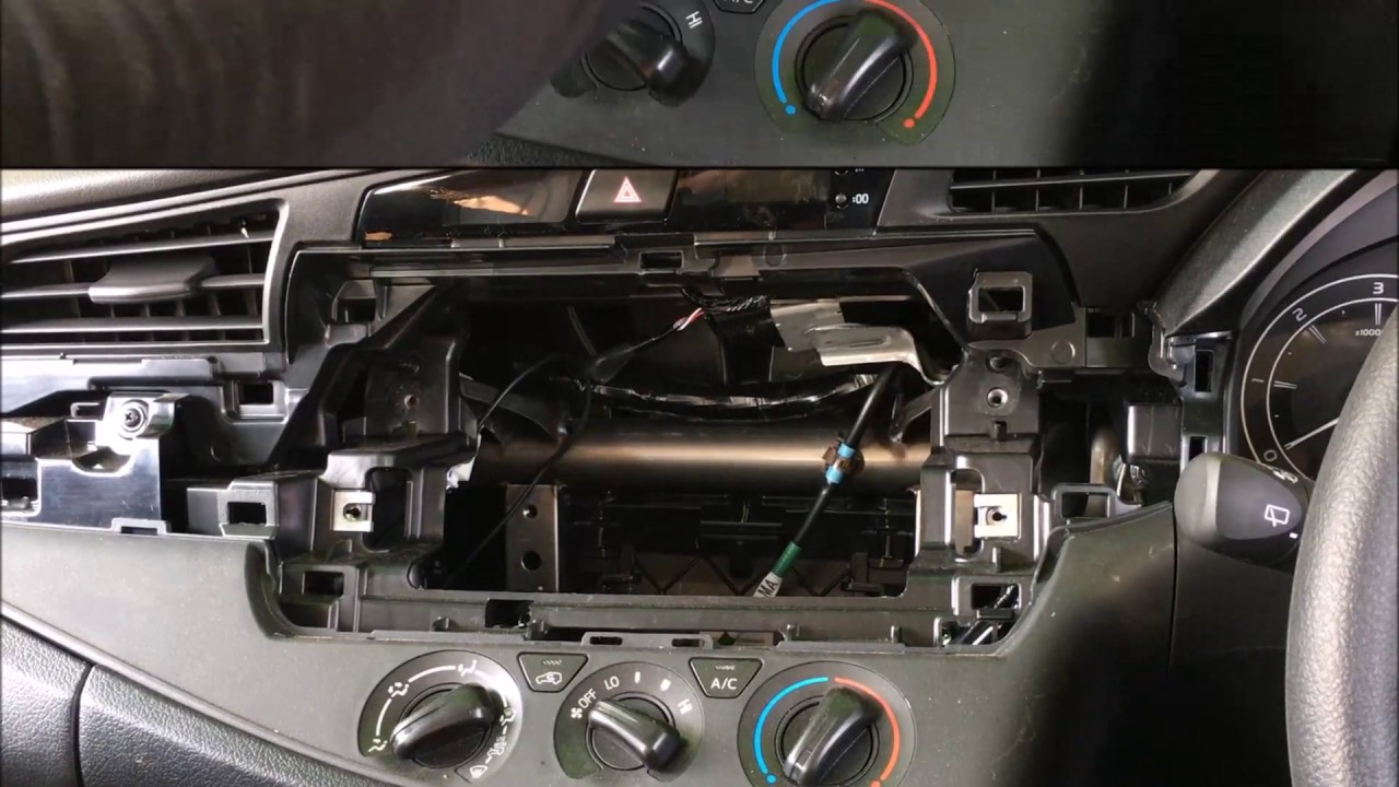 Android Based Oe Replacement System For Toyota Innova Crysta New